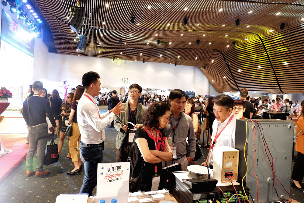 Cac chuyen gia cua KPS tu van khach tham du su kien BCI Equinox 2019 2